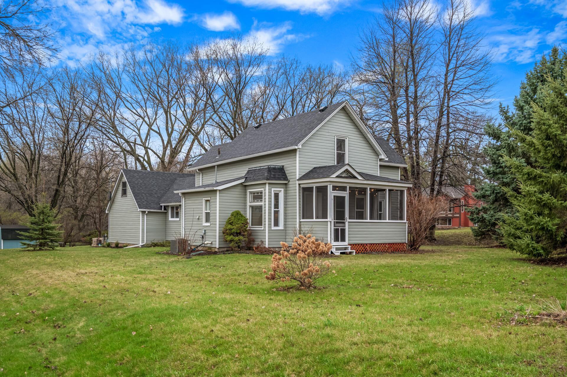 5526 Angus Avenue, Inver Grove Heights, MN 55077