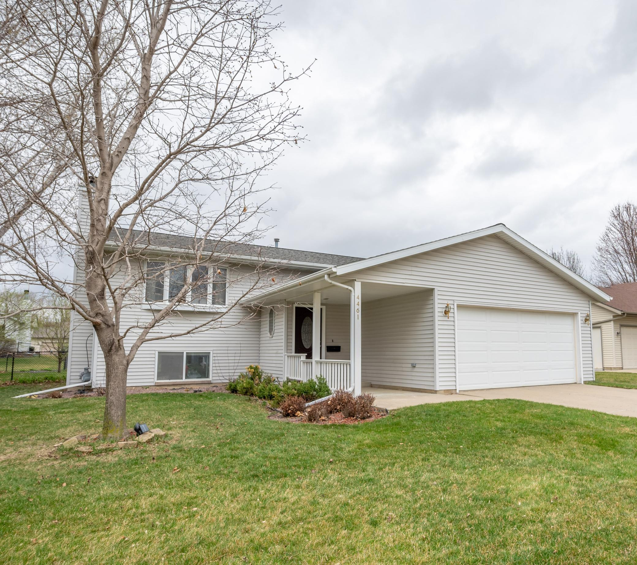 4461 56th Street NW, Rochester, MN 55901