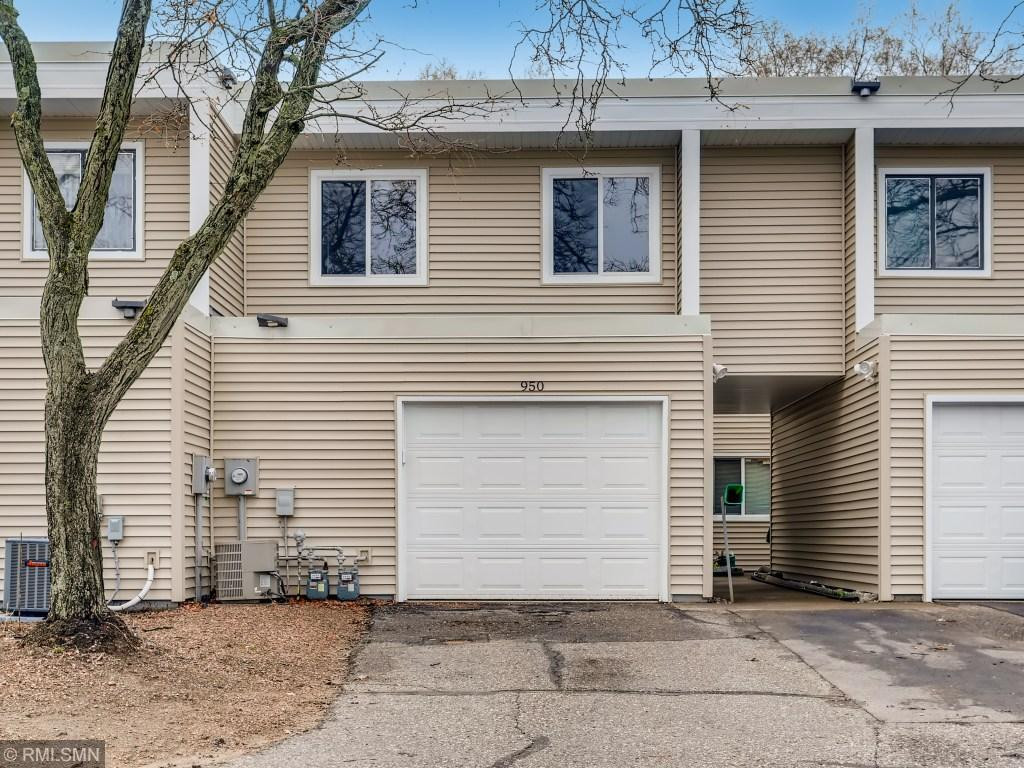 950 120th Lane NW, Coon Rapids, MN 55448
