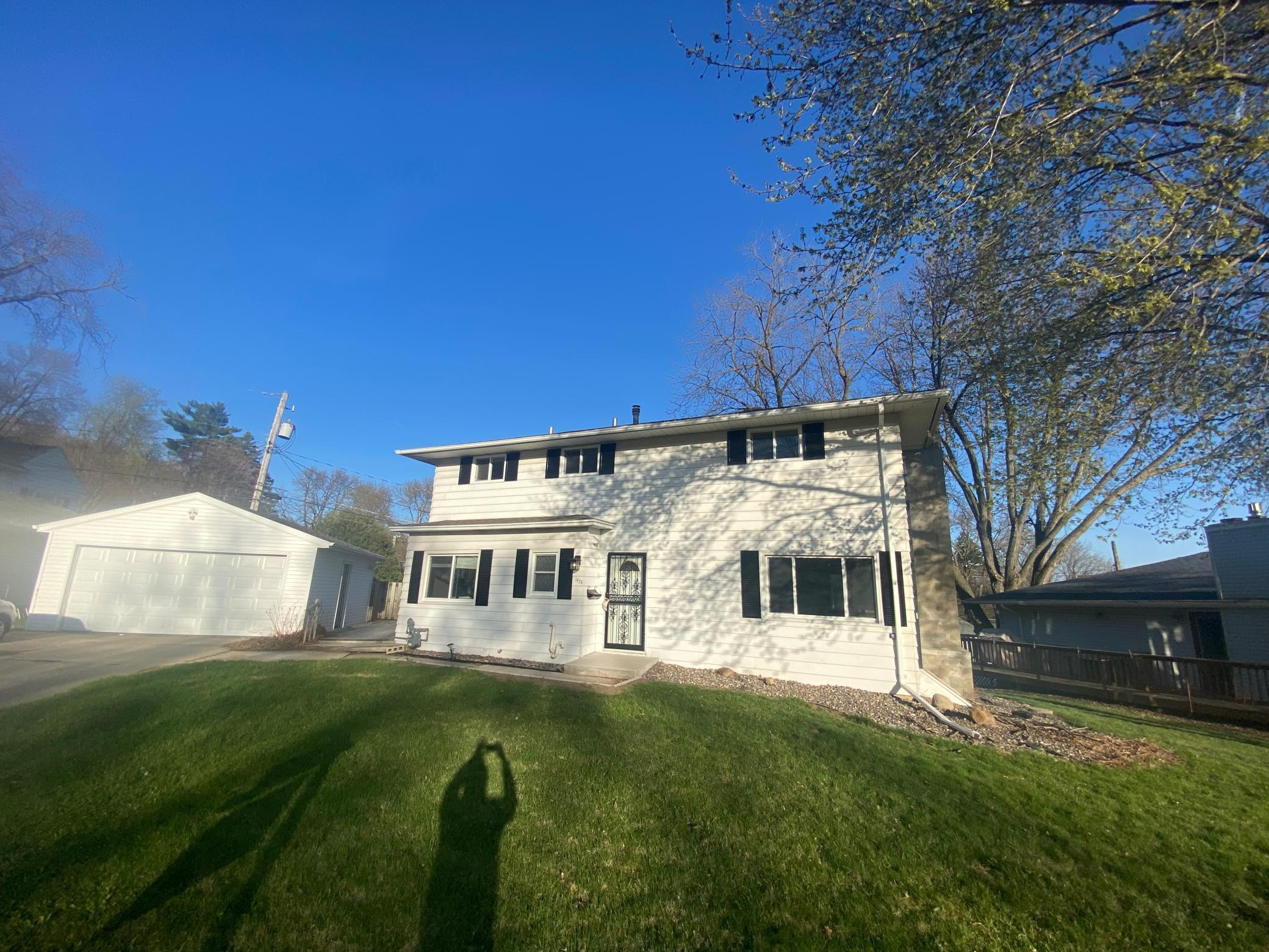 1438 10th Avenue NW, Rochester, MN 55901
