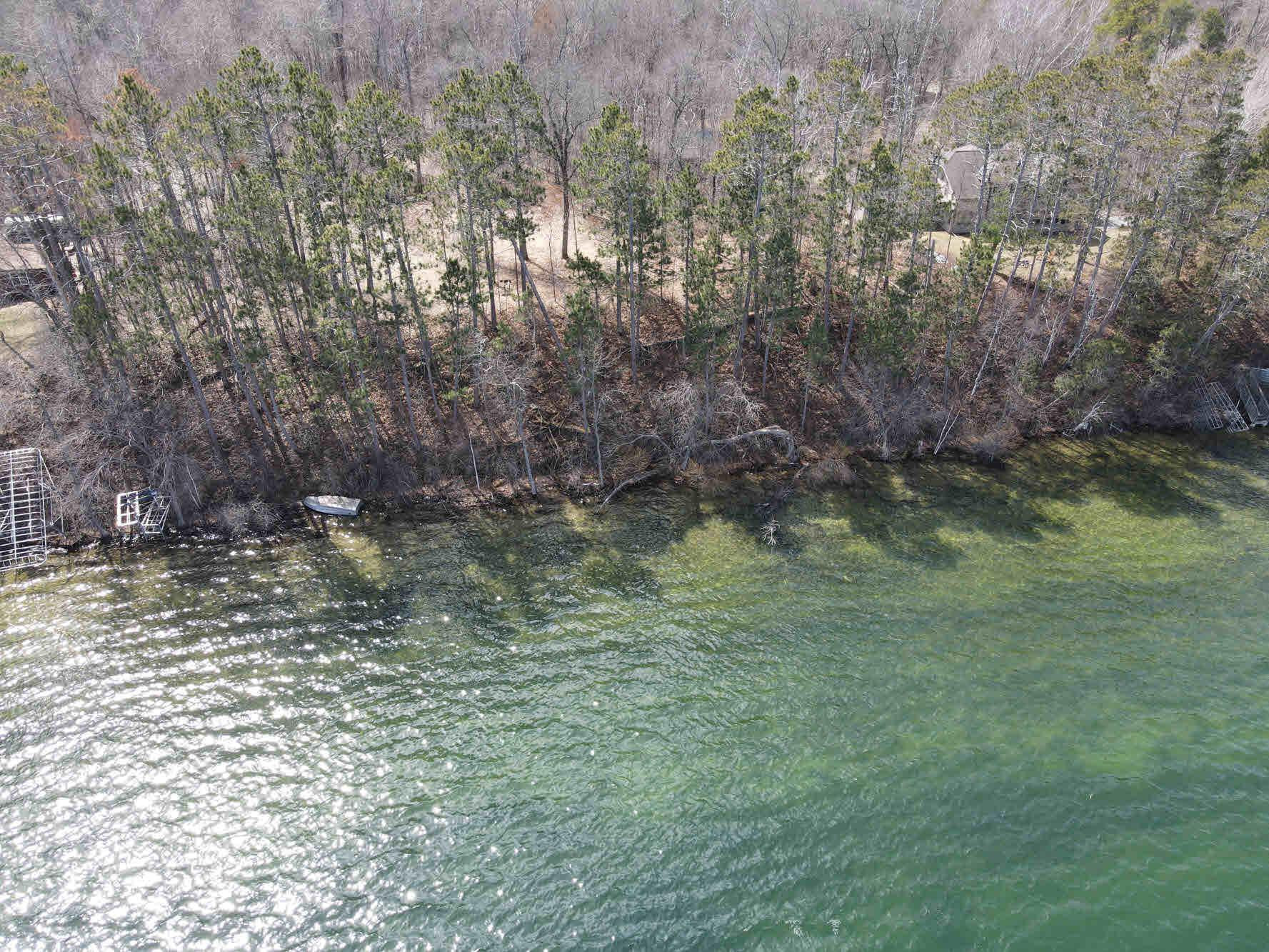 Lake Belle Taine Lot - 120 ft of shoreline only