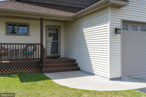 1118 Melody Court NW, Isanti, MN 55040