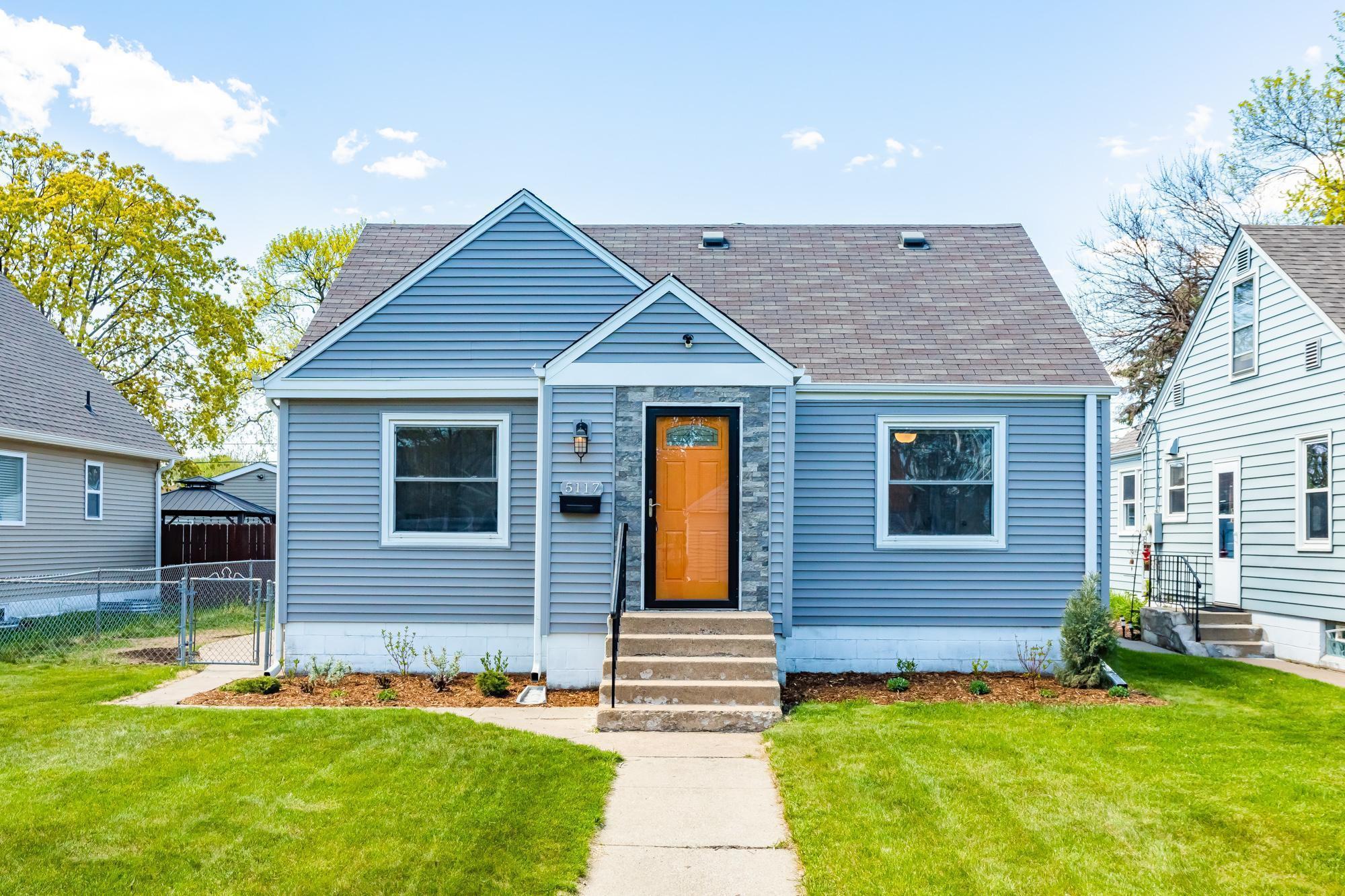 5117 Dupont Avenue N, Minneapolis, MN 55430