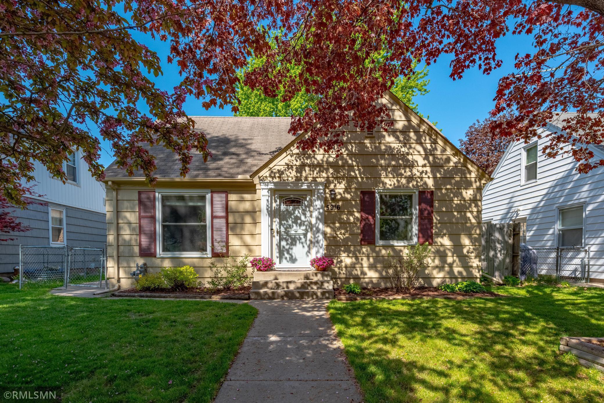 5916 Thomas Avenue S, Minneapolis, MN 55410