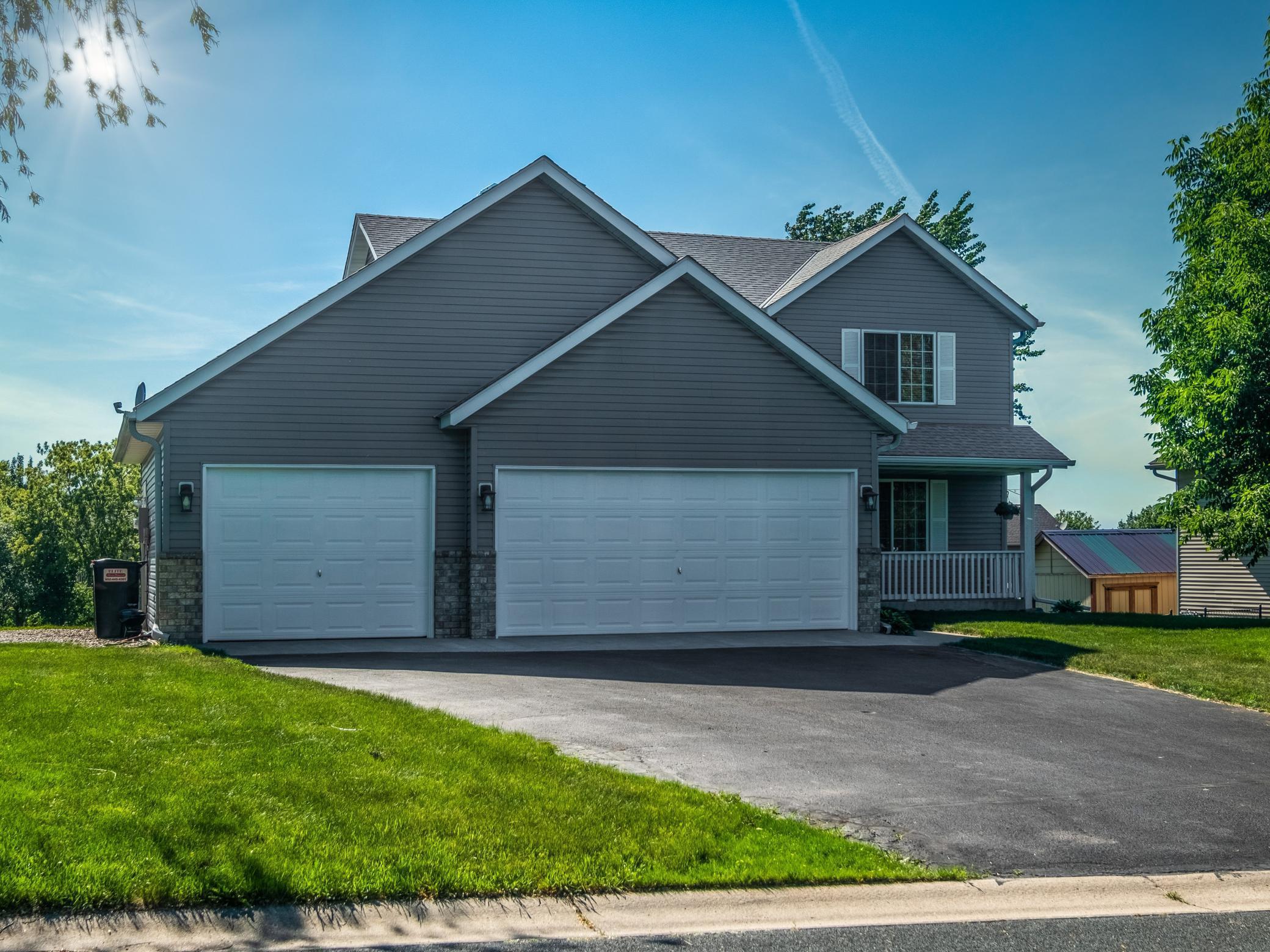 828 Lindsey Lane, Belle Plaine, MN 56011