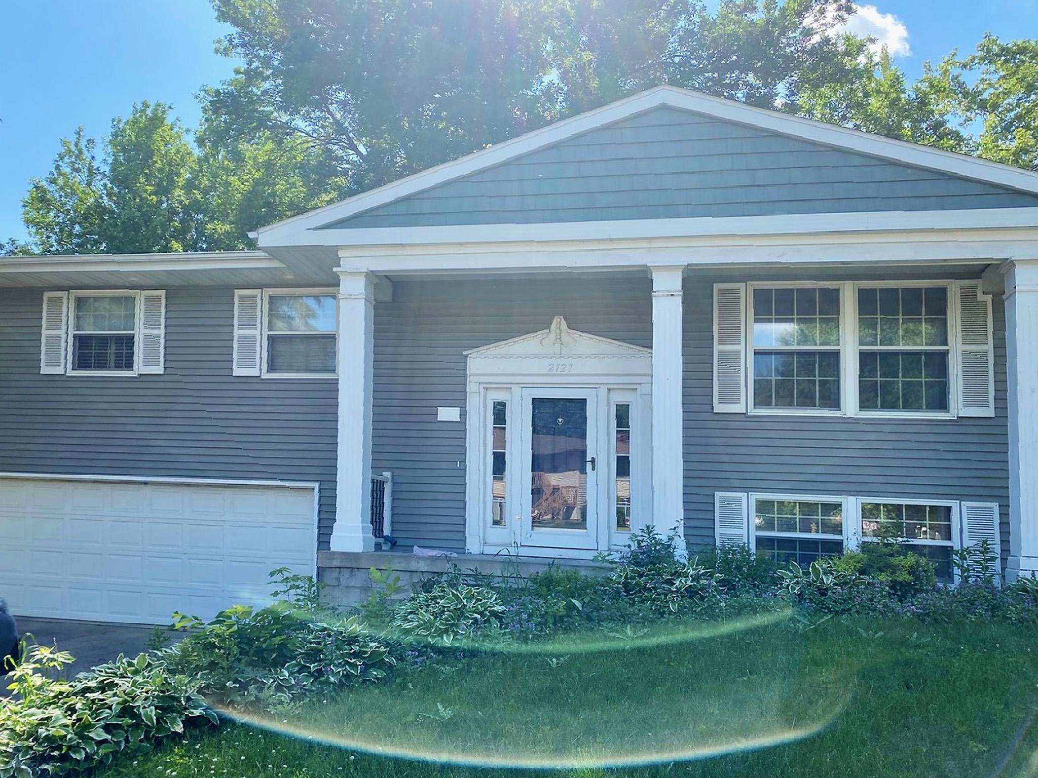 2121 Viking Drive NW, Rochester, MN 55901