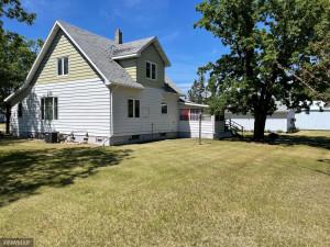 704 S Main St., Badger, MN 56714