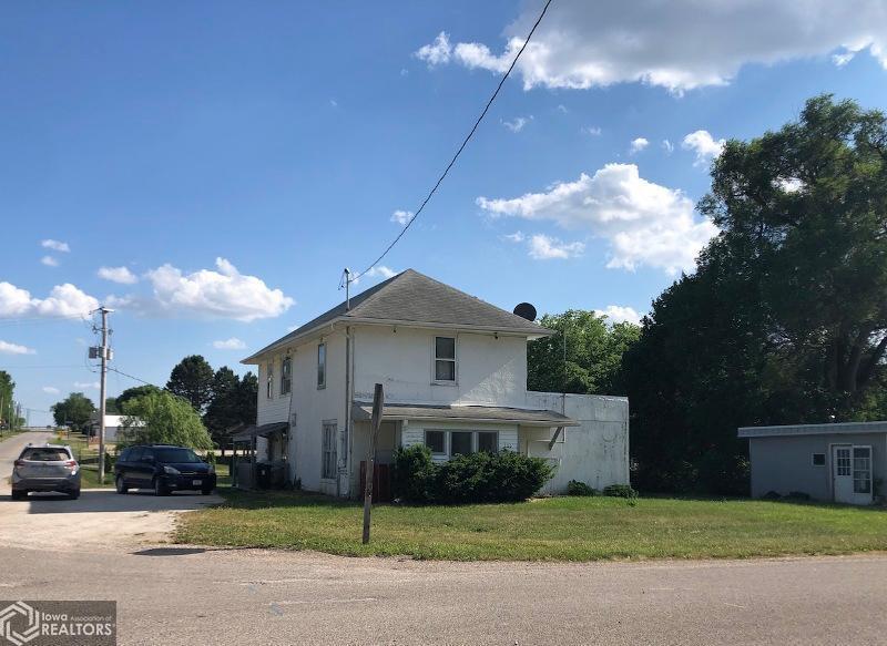 100 Minnesota Street, Lewis, IA 51544