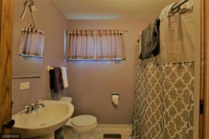 516 Horace Avenue N, Thief River Falls, MN 56701