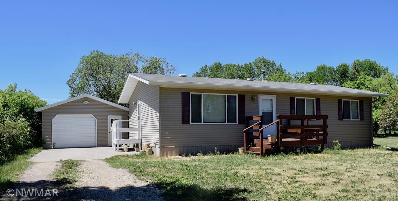 813 Gleason Avenue N, Thief River Falls, MN 56701