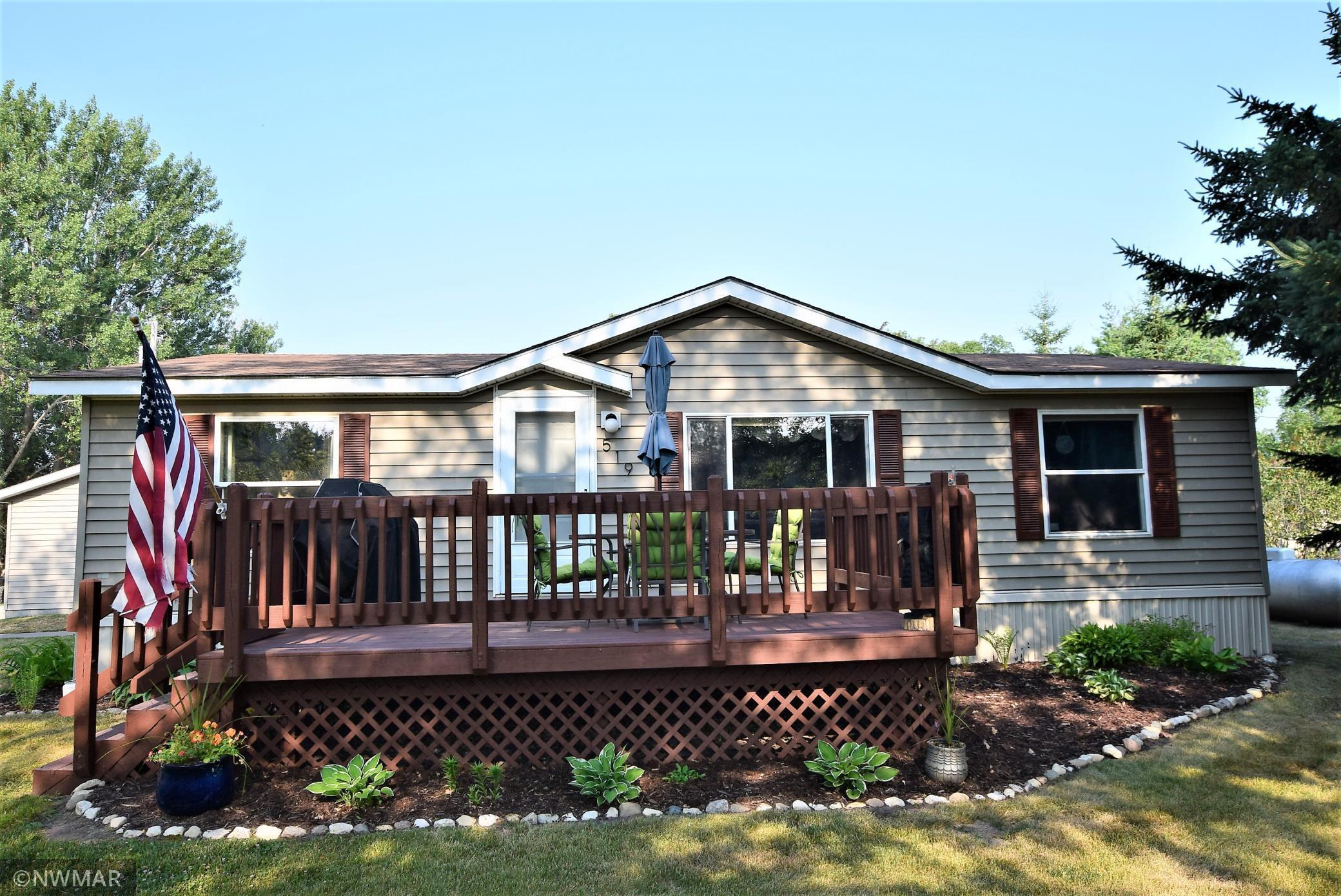 519 Oak Street, Greenbush, MN 56726