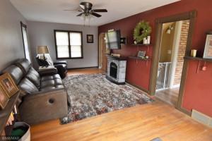 416 E Ross Avenue, Warren, MN 56762