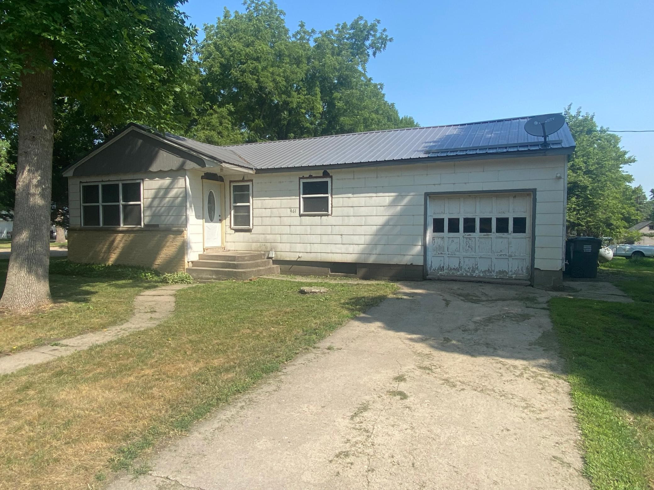 461 2nd Street, Clements, MN 56224