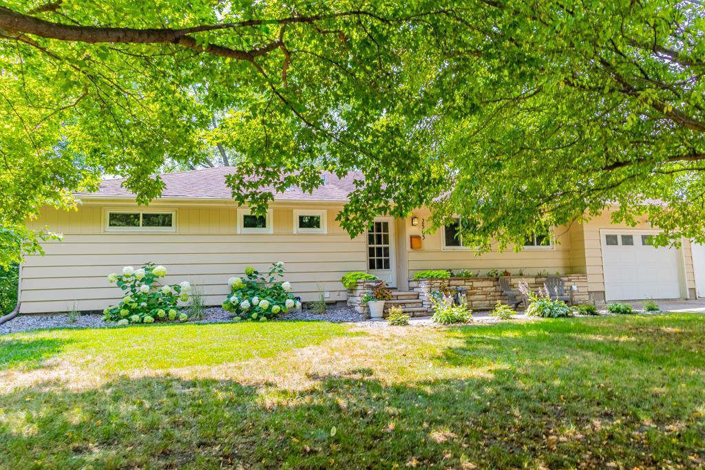 2505_byrd ave n_golden valley_MN_55422_United States_31