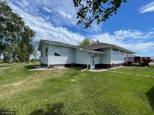 45262 State Highway 11, Roseau, MN 56751