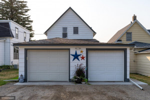 617 N Front Street, Crookston, MN 56716