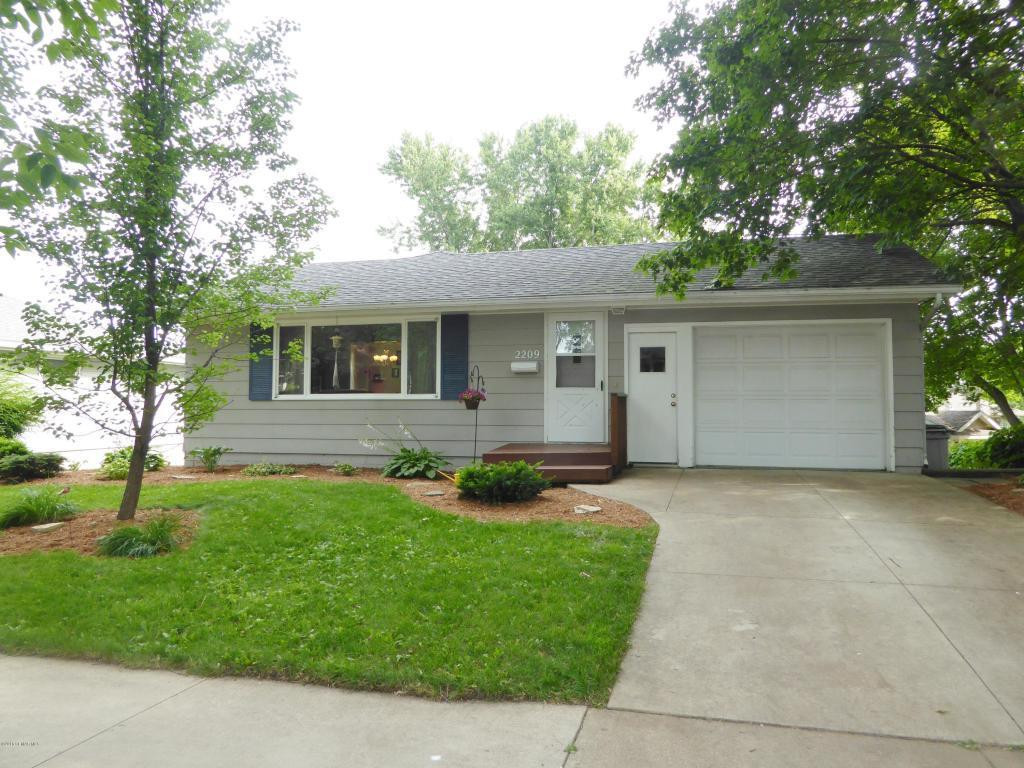 2209 23rd Street NW, Rochester, MN 55901