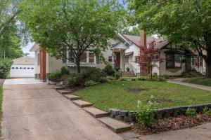 Welcome to the highly desirable Fulton neighborhood.