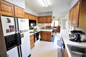 109 E Stokes Avenue, Badger, MN 56714