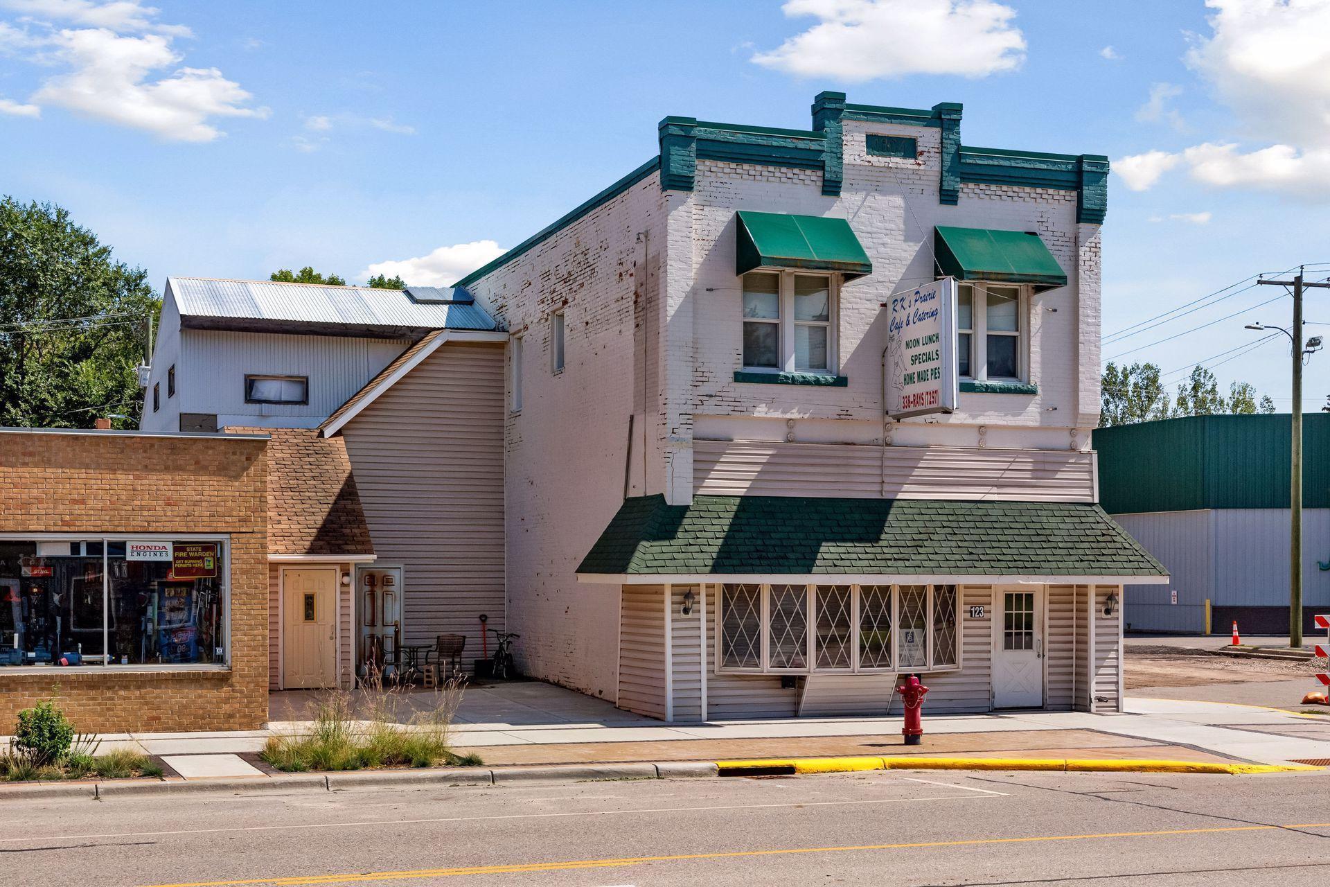 123 S Otter Avenue, Parkers Prairie, MN 56361