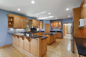 Thoughtfully designed and well-equipped, this kitchen is a chef's dream!