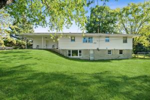 6618 Golden Valley Road, Golden Valley, MN 55427