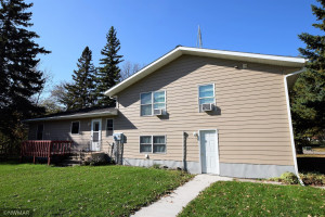 500 3rd Avenue NE, Roseau, MN 56751