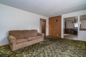 119 7th Avenue S, Crookston, MN 56716