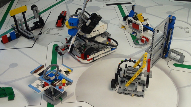 Image for One attachment for Solving FIRST LEGO League 2014 World Class missions - part 3