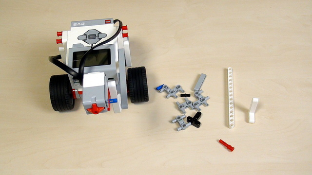 Image for EV3 Phi. Extend a construction by changing the plane of building