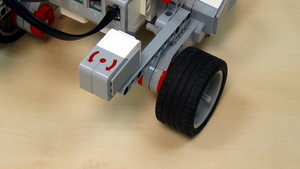 Image for EV3 basics course. Gyro Sensor. Turn at an angle (part 1)