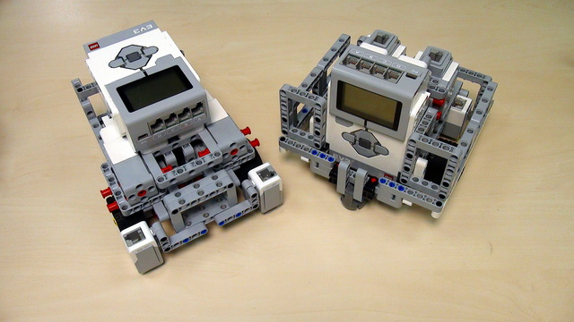 Image for Robot Design Ideas for Chassis with Mindstorms EV3. Base Chassis 4