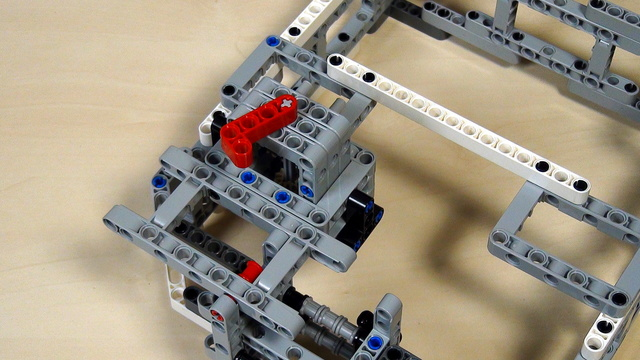 Image for Box Robot Two. Attachment for vertical axle on the right side of the robot