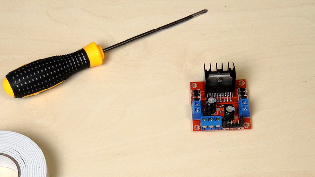 Image for What is a motor driver and why do we need it with the Raspberry Pi