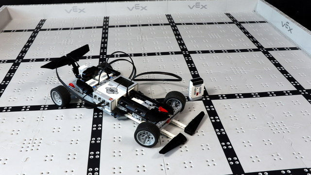 Image for How does the Comet LEGO Mindstorms EV3 robot work?