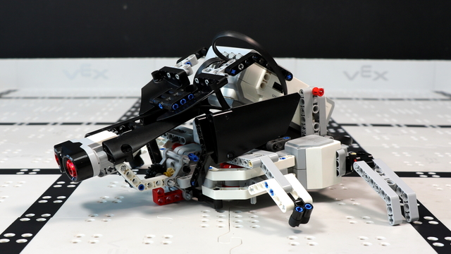 Image for How does the Turtle LEGO Mindstorms EV3 robot work?