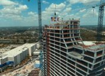 """Hard Rock """"Guitar"""" Topping Out Ceremony (Videos)"""
