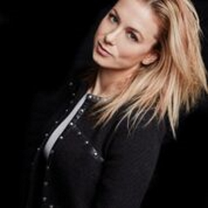 Comedian Iliza Comes to Hard Rock Event Center