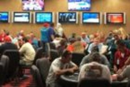 No Limit Hold 'Em Tournament at Melbourne Greyhound Park