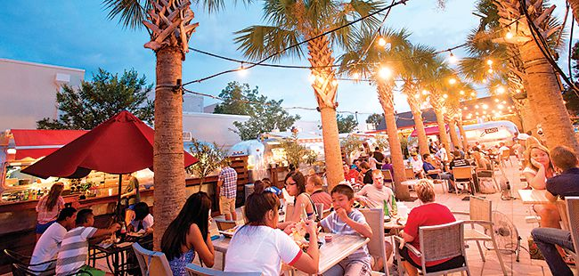 Outside the box: Eating outside is a breeze