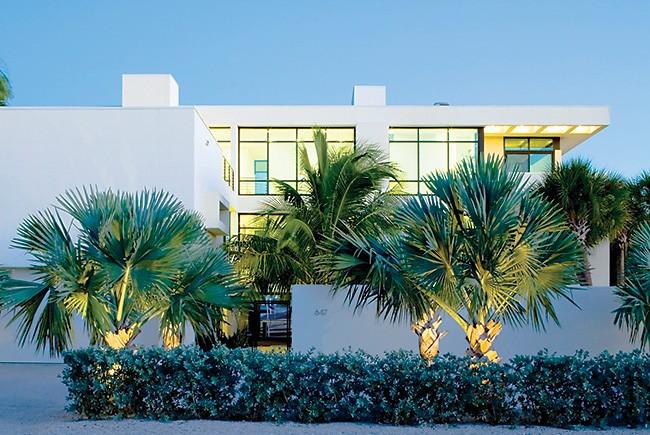 Sarasota Modern Style House