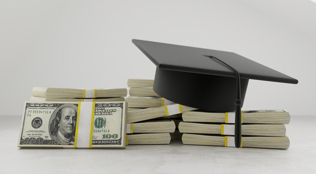 Florida Prepaid cost cut means college-stressed parents get rebates