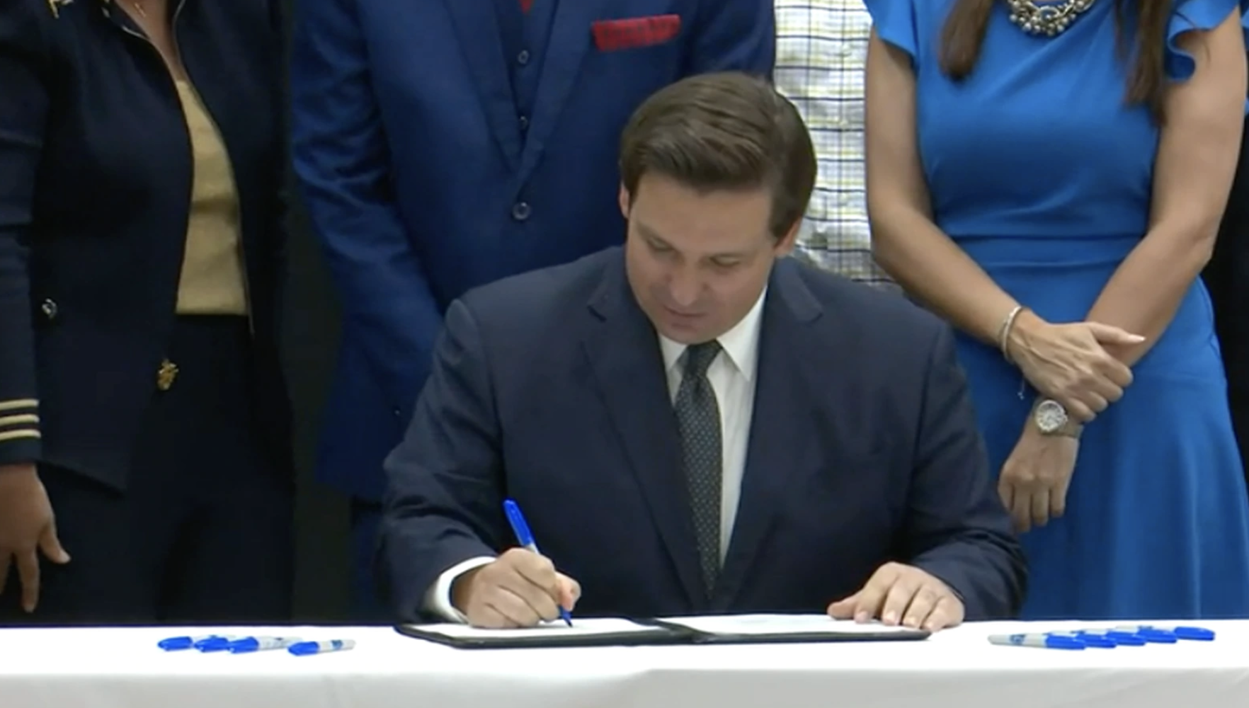 DeSantis signs teacher pay raises into Florida law with bipartisan support