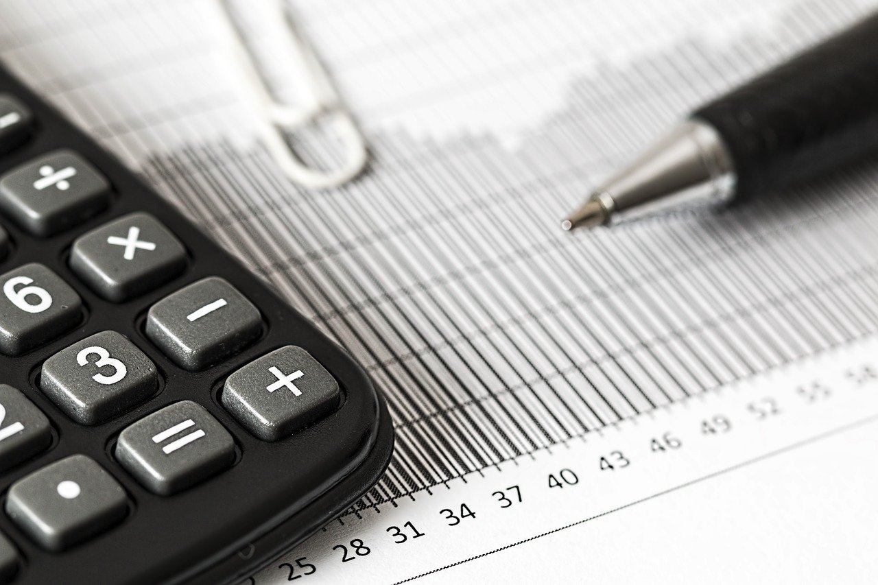 DeSantis health budget wins praise — mostly