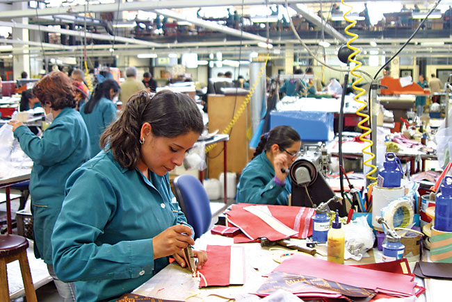 Handbags crafted in Bogotá