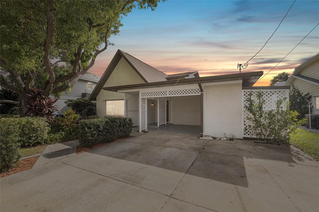 Property: W7837617