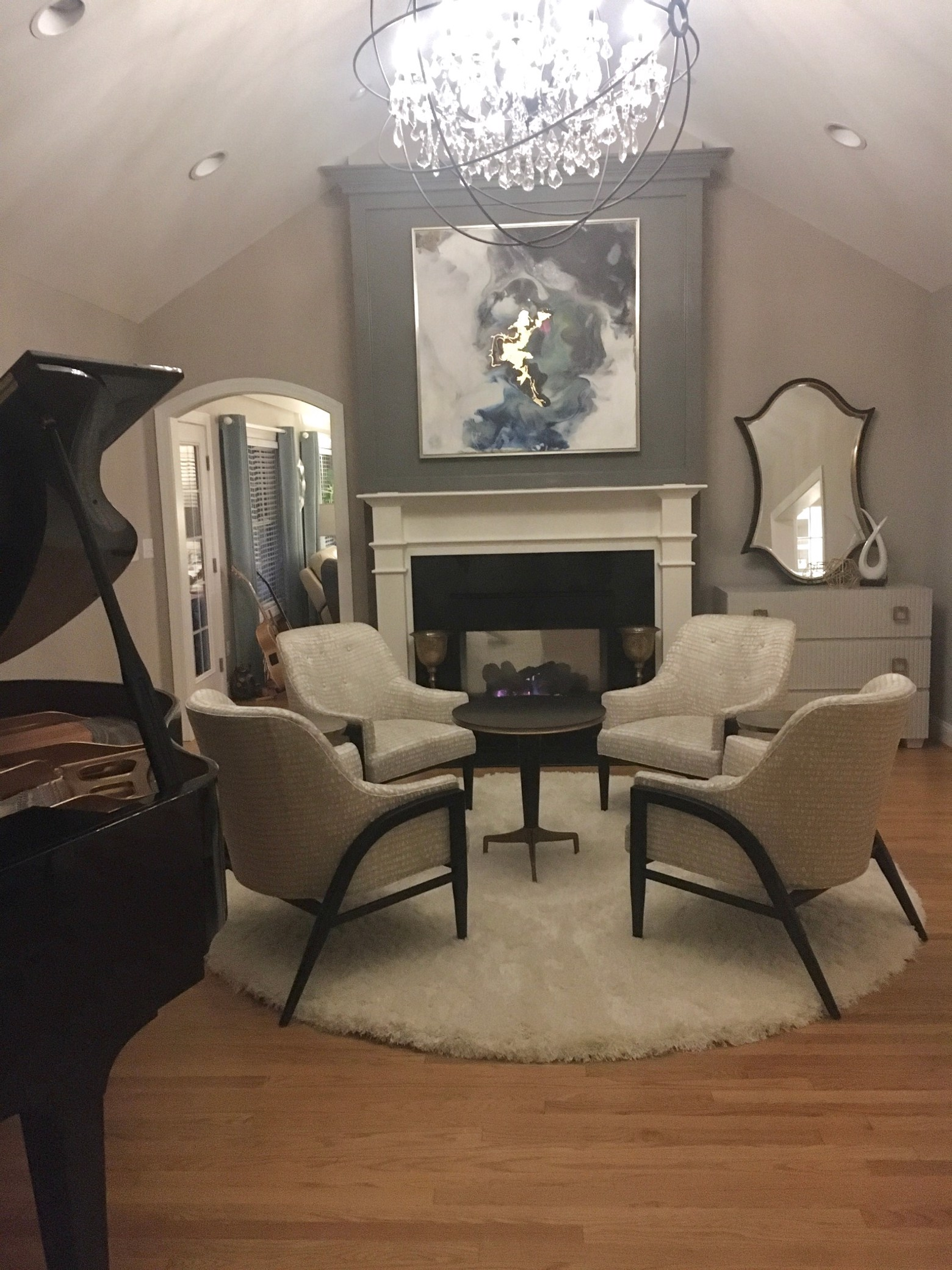 New Traditional Living Room image