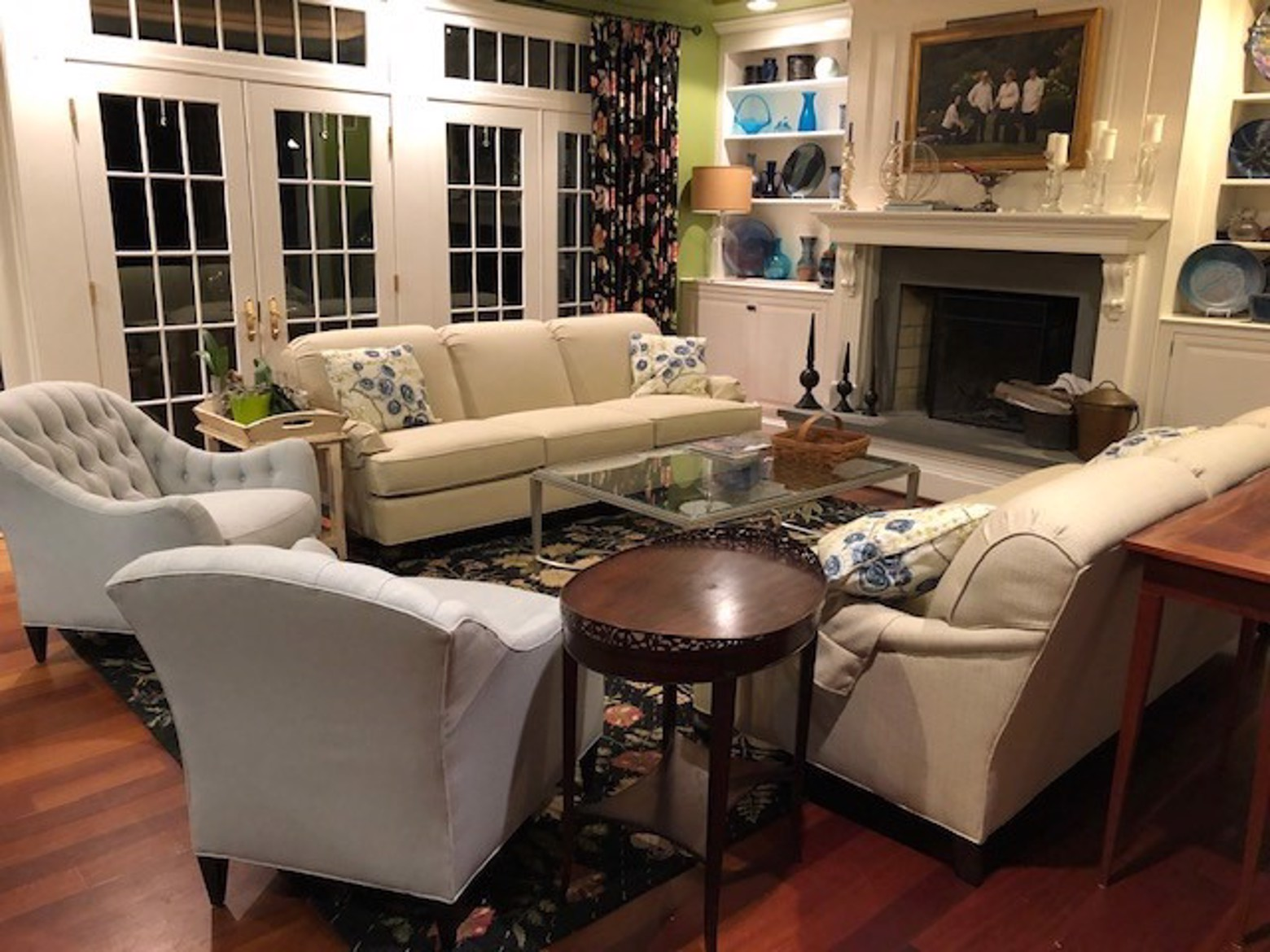 MD family room.jpg image
