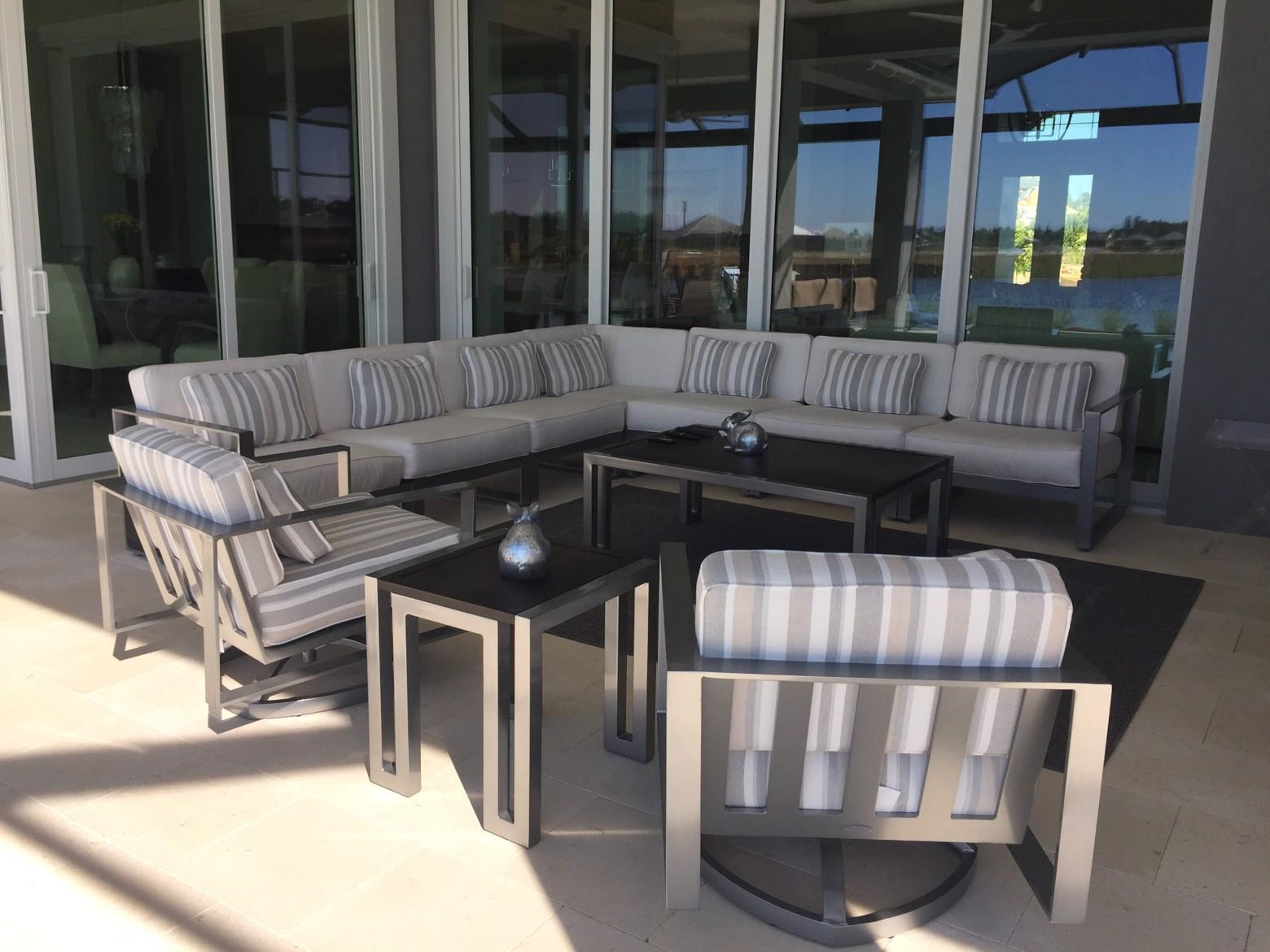 Florida Retreat By Rex Goff Furnitureland South World