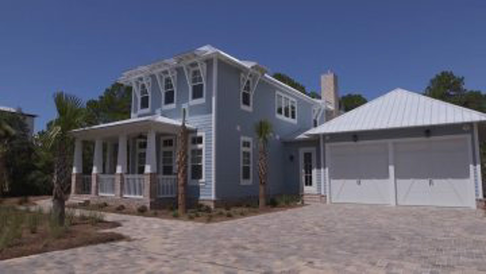 Southern-Sands-Seagrove-Beach-Vacation-Home.00_00_04_18.Still001-e1478705705927.jpg image